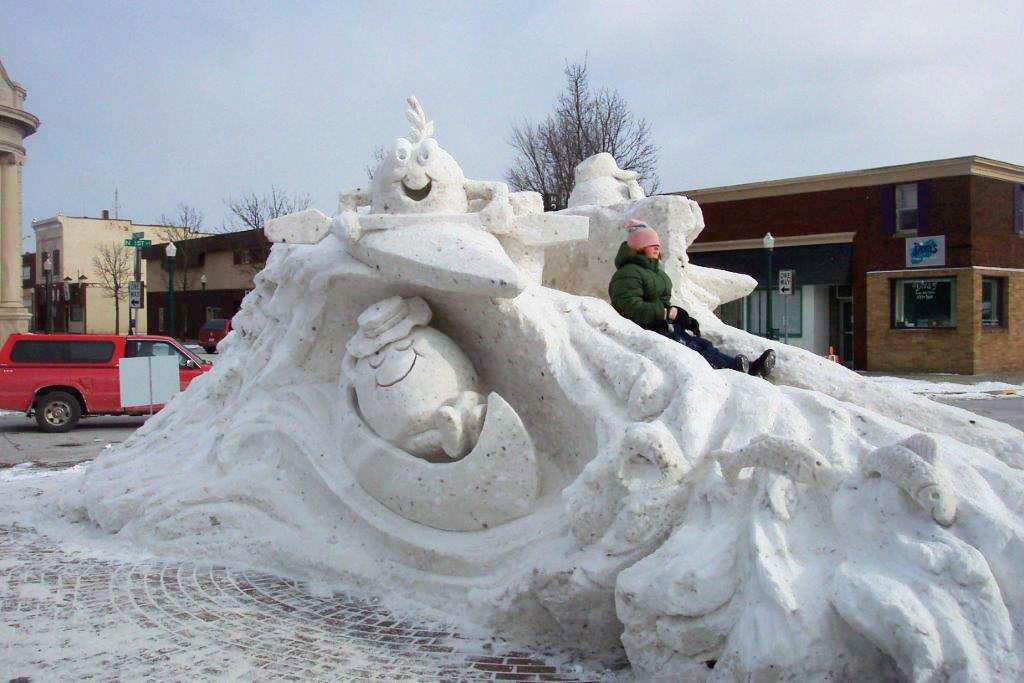 Snow-sculptures-2007-011